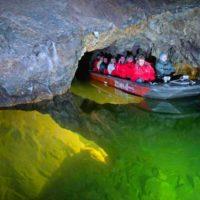 Моравский карст - лодочки в пещерах