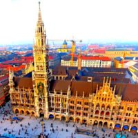 Новая Ратуша и Мариенплац, Мюнхен, Германия